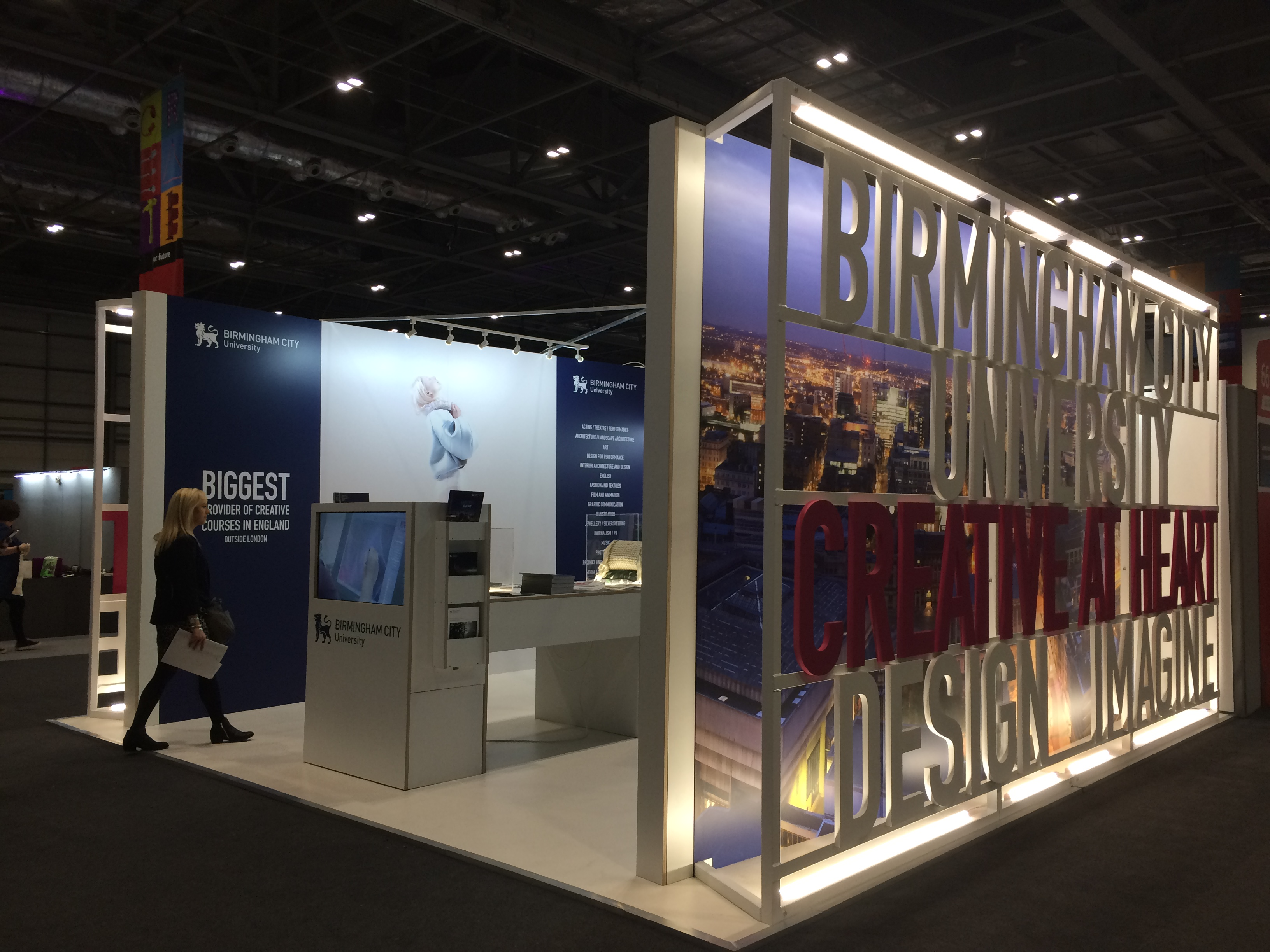 Jewelry Exhibition Stand Design : Plane structure birmingham city university: exhibition stand